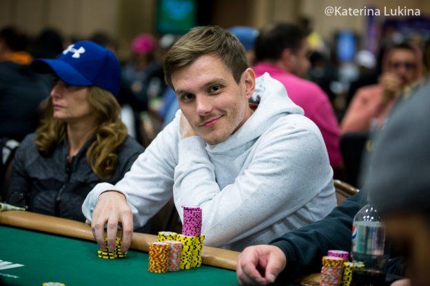 "Alisson ""heyalisson"" Piekazewicz Memenangkan Seri PokerStars Stadium Kedua Final Mingguan ($ 185.376)"