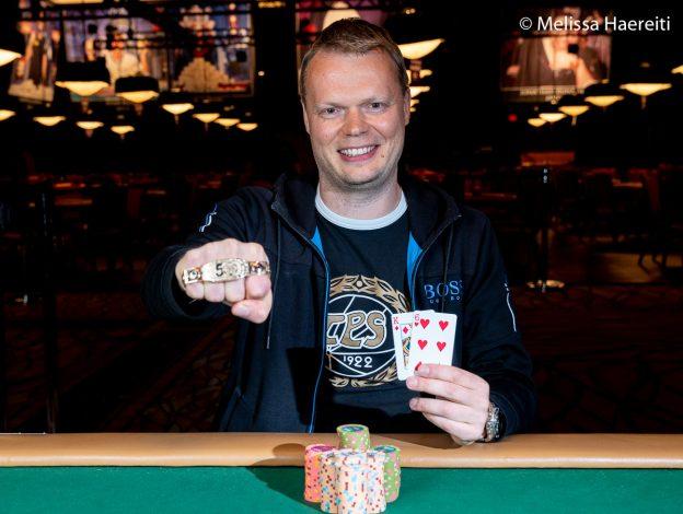 Legenda Poker Finlandia, Juha Helppi, Menangkan Gelang Kedua di Ajang # 35: $ 5.000 Championship